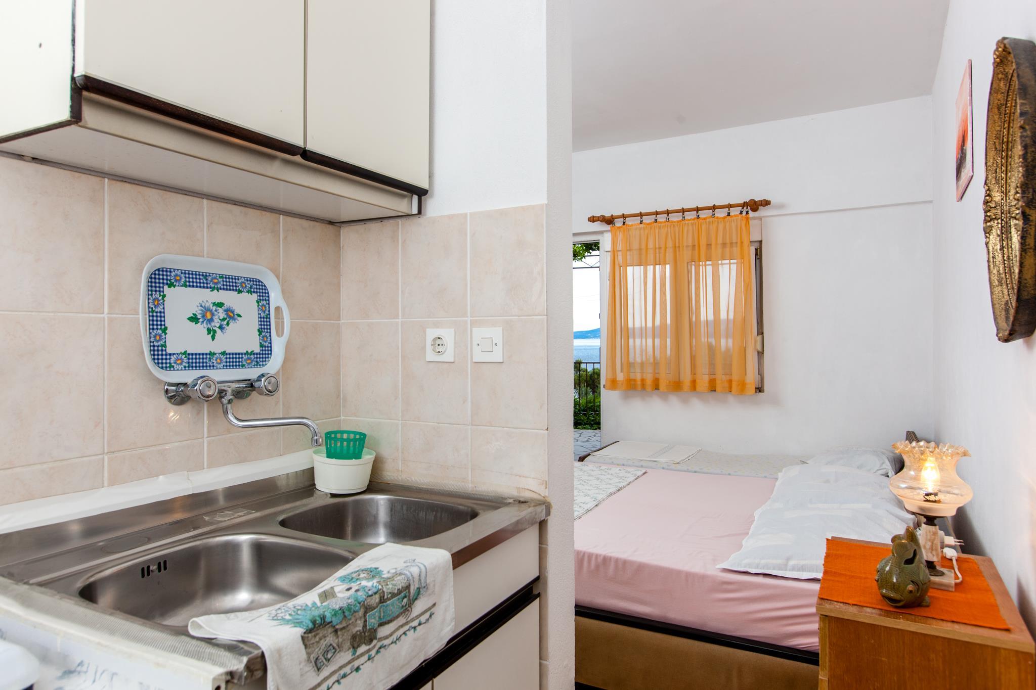 Ferienwohnung Apartments Bla~enka / A3 / One Bedroom (1928327), Lokva Rogoznica, , Dalmatien, Kroatien, Bild 11