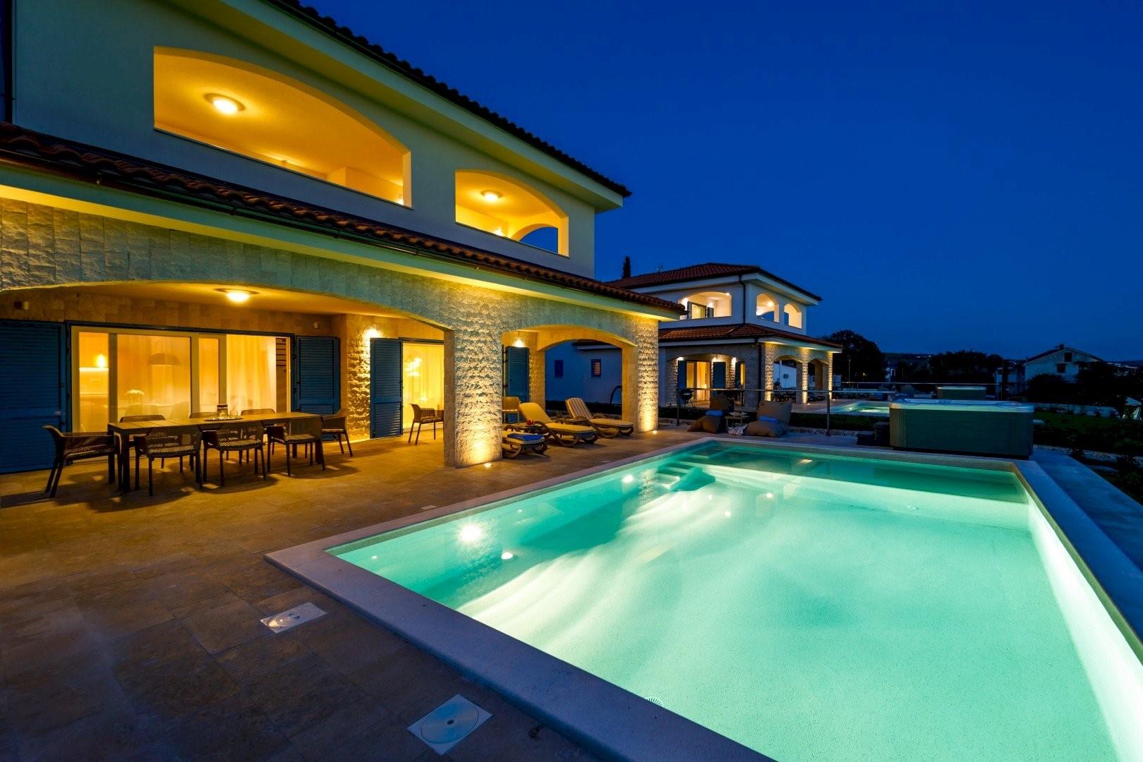Ferienhaus Luxury Villa Loma 1 (2586644), Sveti Vid-Miholjice, Insel Krk, Kvarner, Kroatien, Bild 2