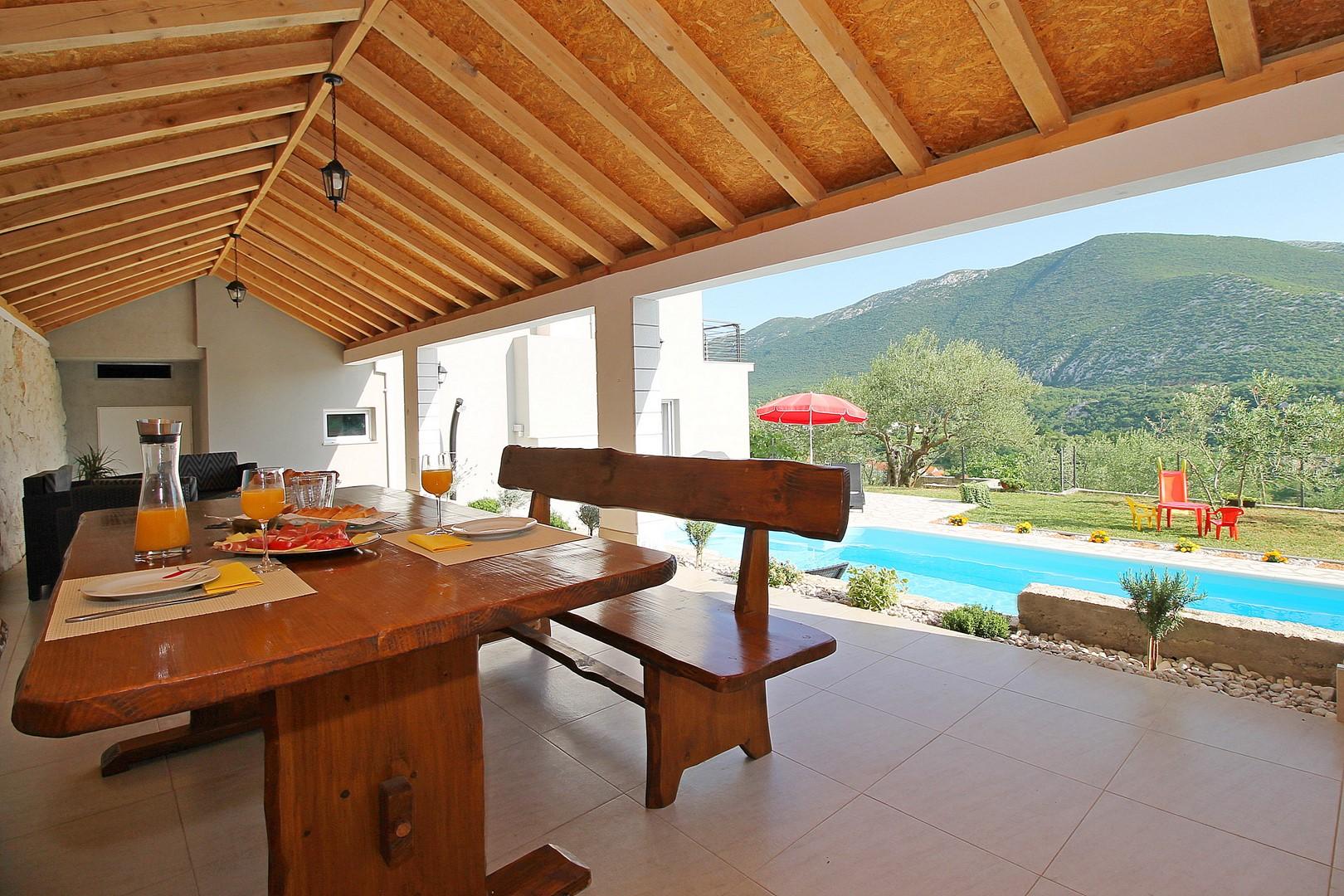 Ferienhaus Privater Pool 3,5 x 8,6 m, überdachter Essbereich im Freien, kostenloses WLAN, voll - klim (2663850), Kostanje, , Dalmatien, Kroatien, Bild 8
