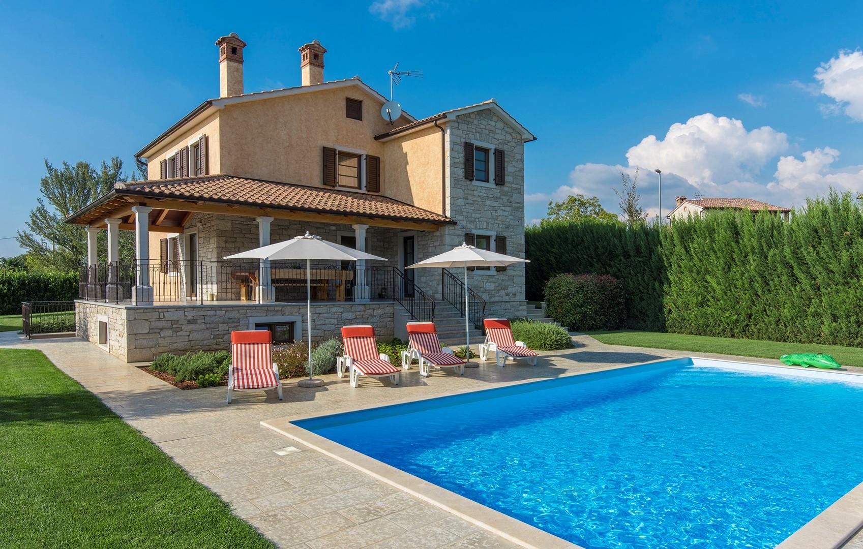 Ferienhaus Geräumige Villa Nikka mit schönem Garten und Pool (1412592), Kanfanar, , Istrien, Kroatien, Bild 3