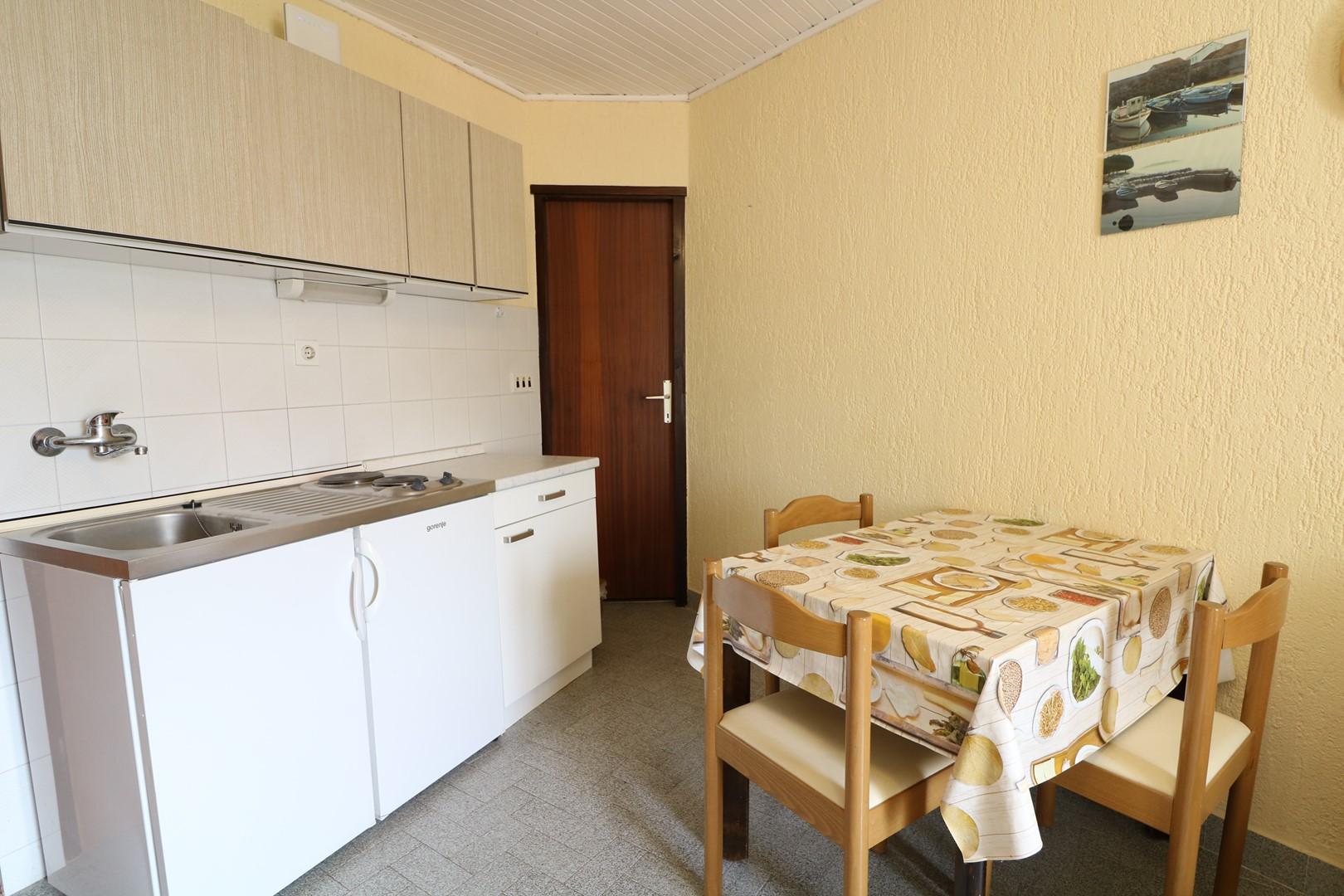 Ferienwohnung Apartments Ivo with the Sea View / Apartment Ivo with Beautiful Sea View (2616230), Baška, Insel Krk, Kvarner, Kroatien, Bild 19