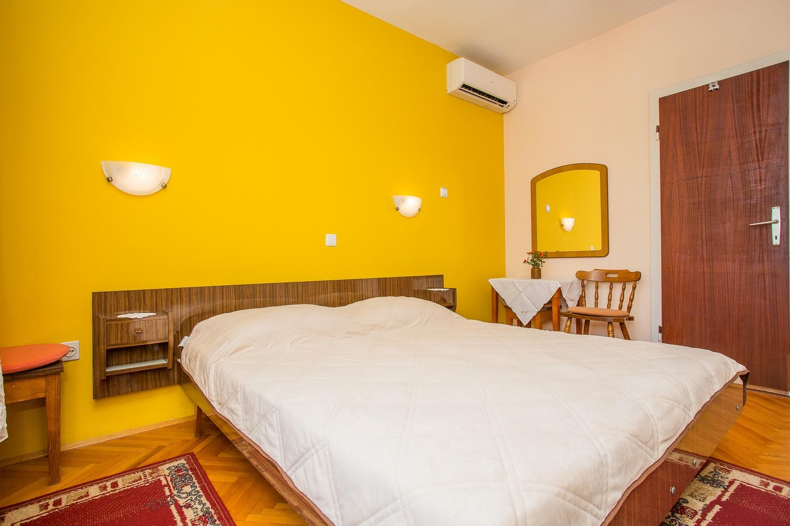 Holiday apartment Apartments Pende / Two Bedrooms A4 (1913050), Rab, Island of Rab, Kvarner, Croatia, picture 11