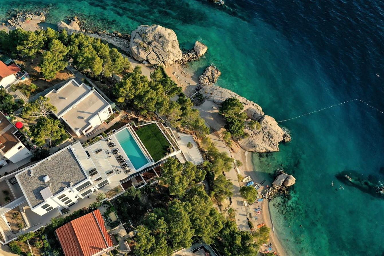 Villa Bacana ***** Luxusvilla in Brela, direkt am   in Kroatien