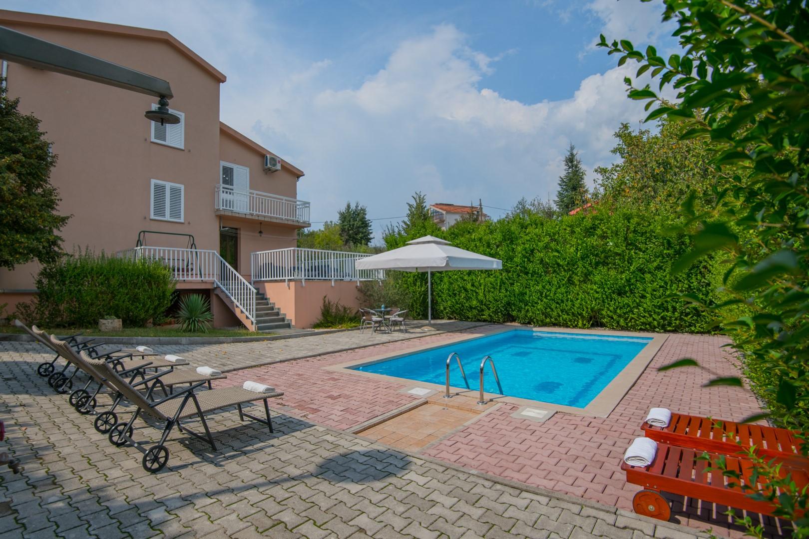 Ferienhaus ctim237 - Ferienhaus mit Pool, 9 Personen (7 Erw. + 2 Kinder), Fußballfeld, Badminton (2613589), Kamenmost, , Dalmatien, Kroatien, Bild 26