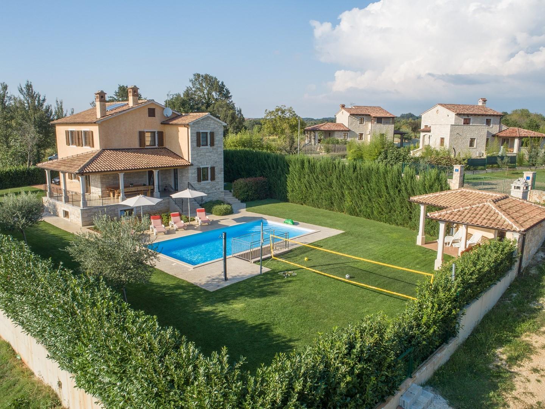Ferienhaus Geräumige Villa Nikka mit schönem Garten und Pool (1412592), Kanfanar, , Istrien, Kroatien, Bild 25