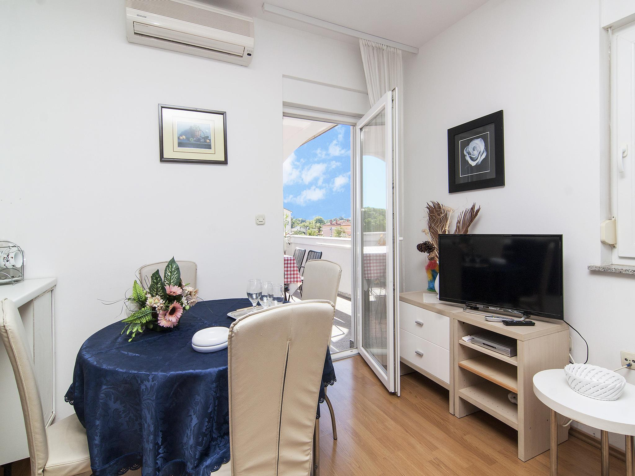 Ferienwohnung Apartments Ana / Two bedrooms Lavanda (1071730), Fažana, , Istrien, Kroatien, Bild 7