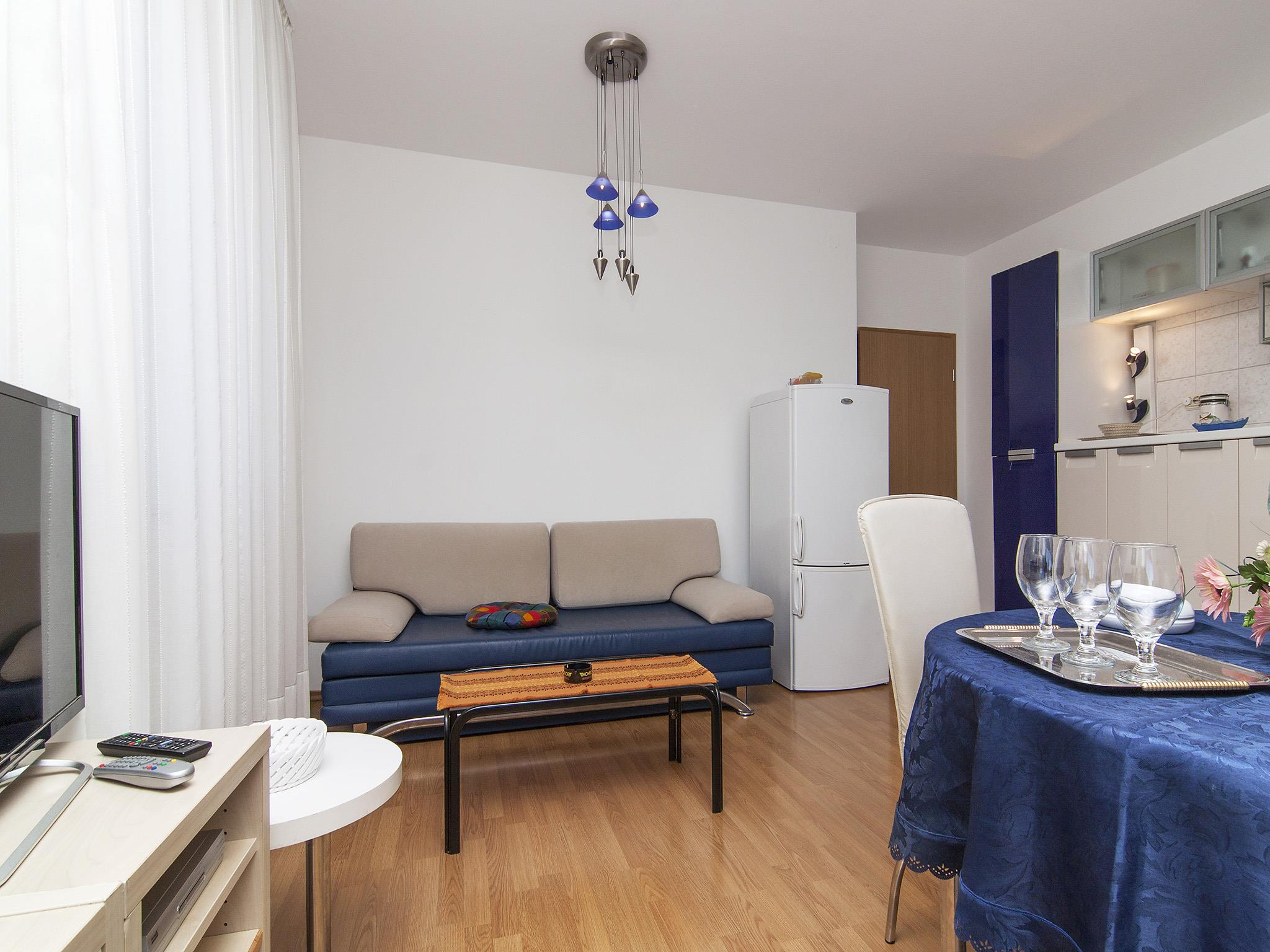 Ferienwohnung Apartments Ana / Two bedrooms Lavanda (1071730), Fažana, , Istrien, Kroatien, Bild 6