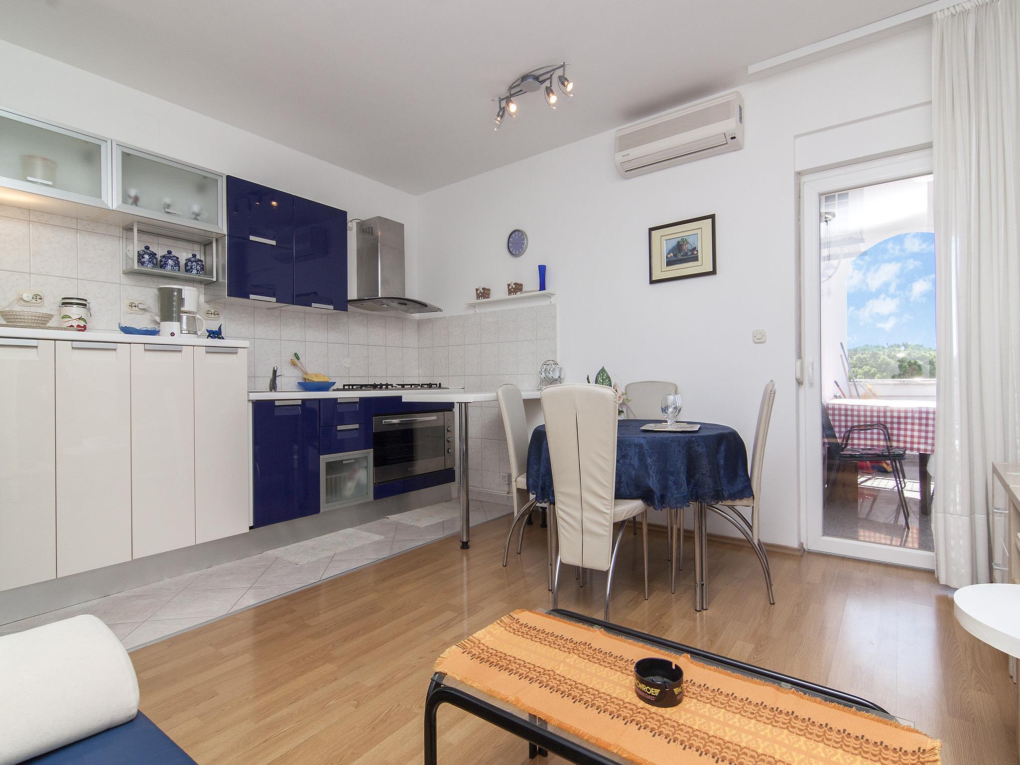 Ferienwohnung Apartments Ana / Two bedrooms Lavanda (1071730), Fažana, , Istrien, Kroatien, Bild 1