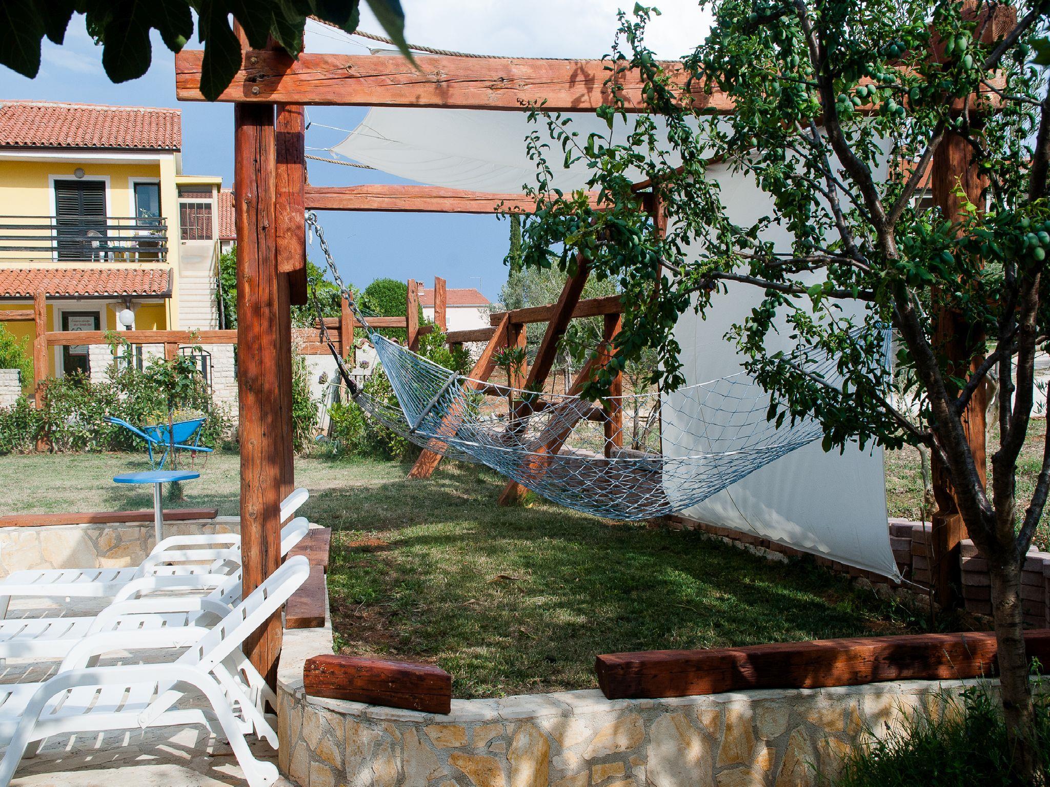 Ferienwohnung Apartments Maya / Two bedroom Apartment White A1 (1740092), Medulin, , Istrien, Kroatien, Bild 10