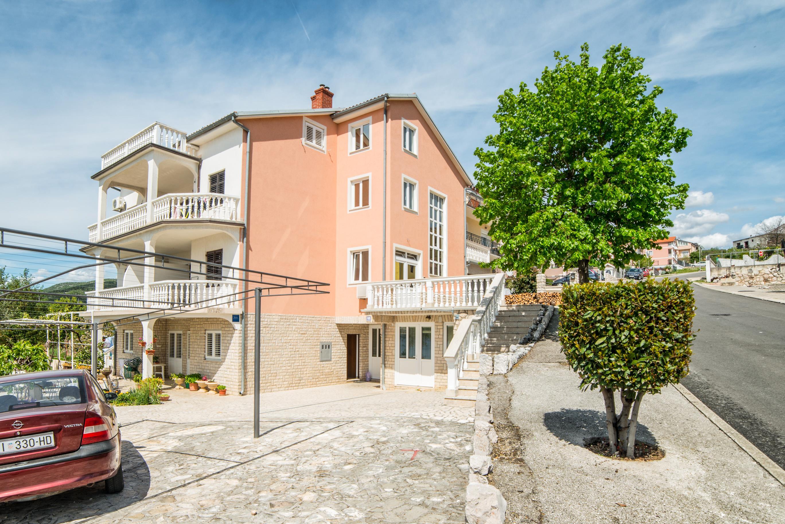 Ferienwohnung Apartments Grozdana / Two Bedrooms Niko 2 (1869133), Crikvenica, , Kvarner, Kroatien, Bild 2