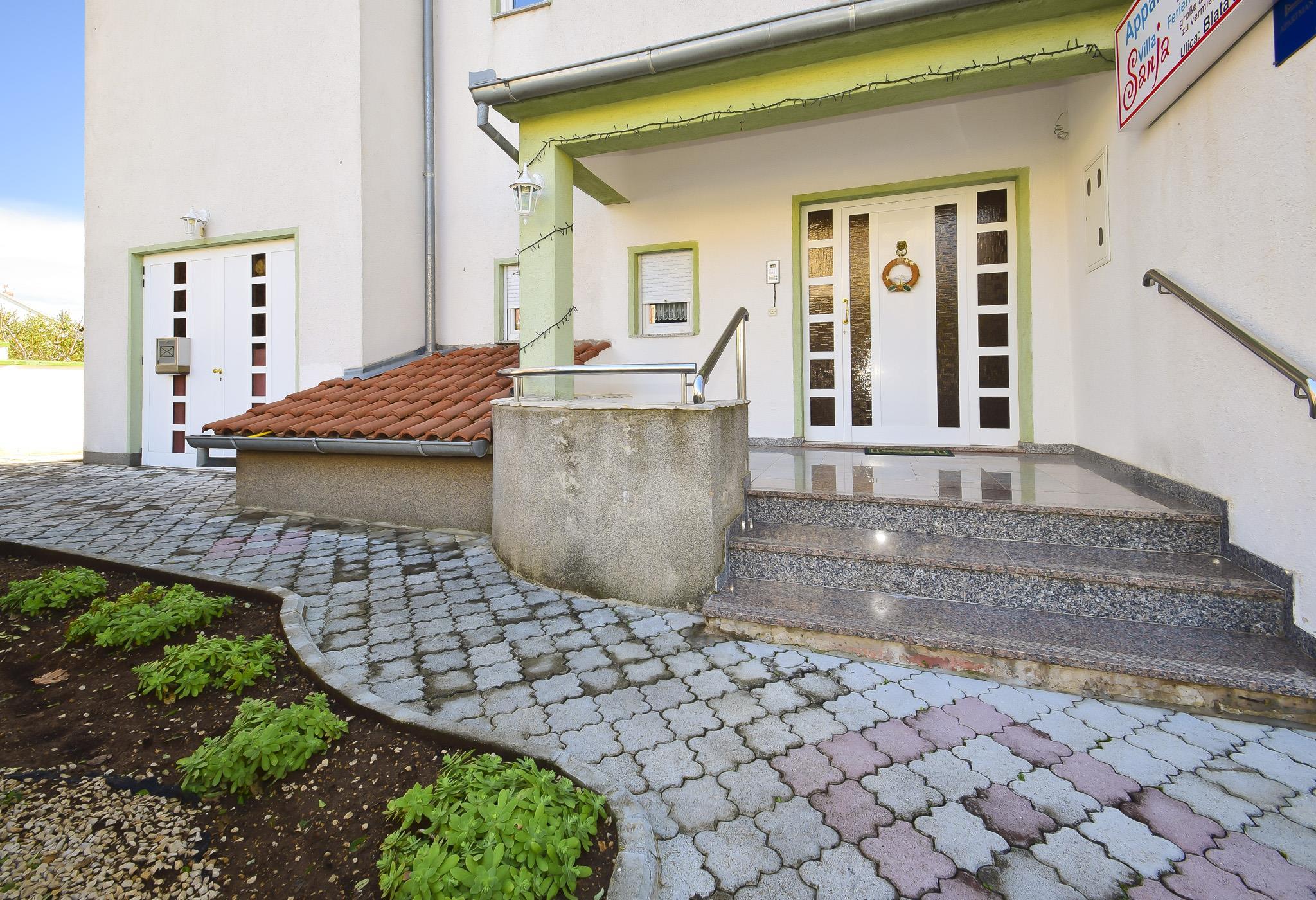 Ferienwohnung Apartments Sanja / Two bedrooms A6 (1928313), Vodice, , Dalmatien, Kroatien, Bild 8