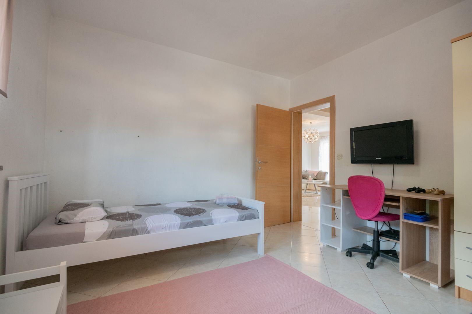 Ferienhaus ctim298-Modernes Ferienhaus mit Pool für 4+2 Personen (2639599), Kamenmost, , Dalmatien, Kroatien, Bild 6