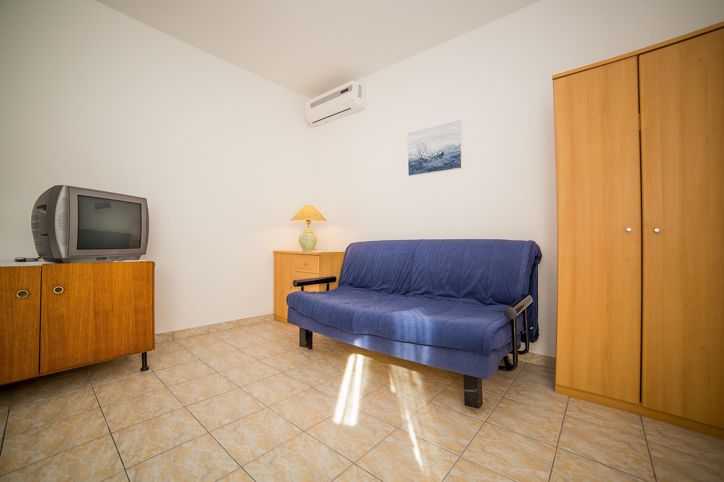 Holiday apartment Apartments Medi / One bedroom A5 (1851176), Omiš, , Dalmatia, Croatia, picture 2