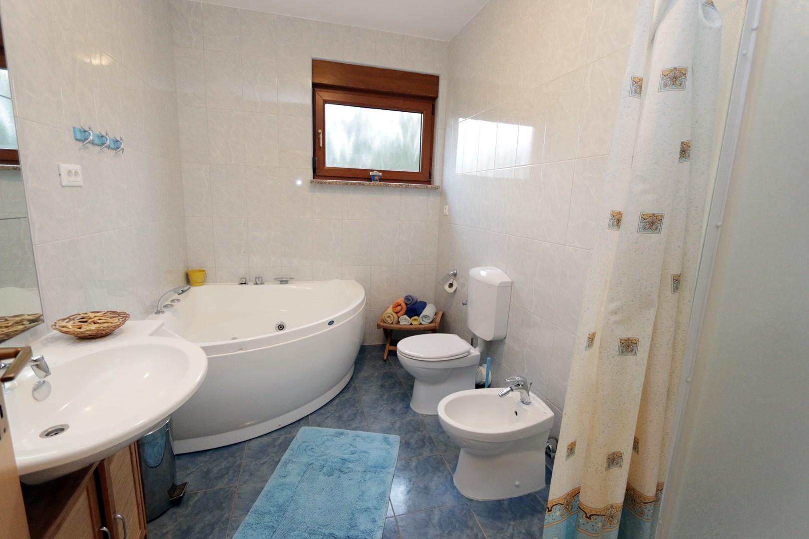 Ferienwohnung Apartments Maya / Two bedroom Apartment White A1 (1740092), Medulin, , Istrien, Kroatien, Bild 7