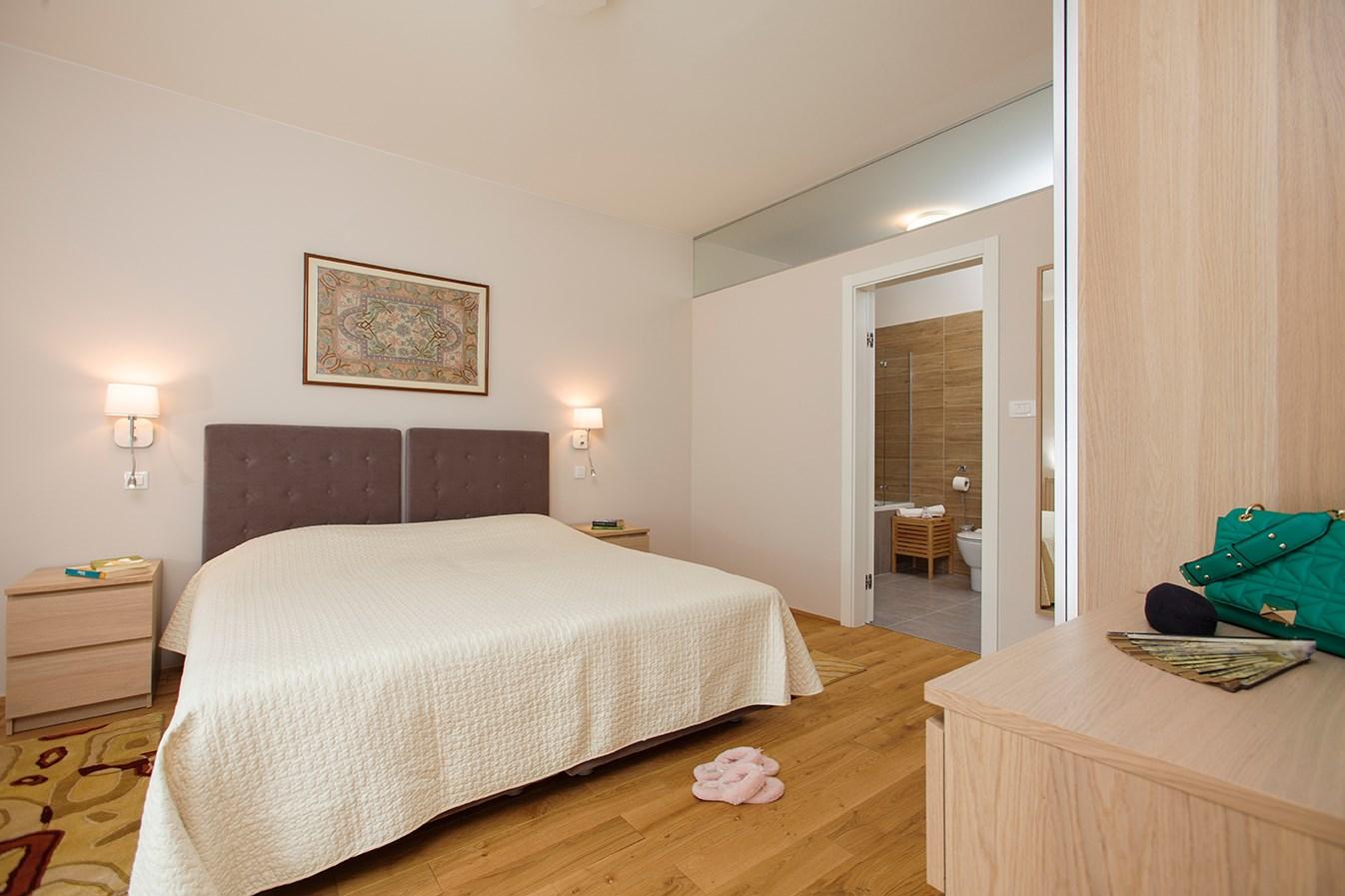 Ferienhaus  (2474393), Kostanje, , Dalmatien, Kroatien, Bild 11