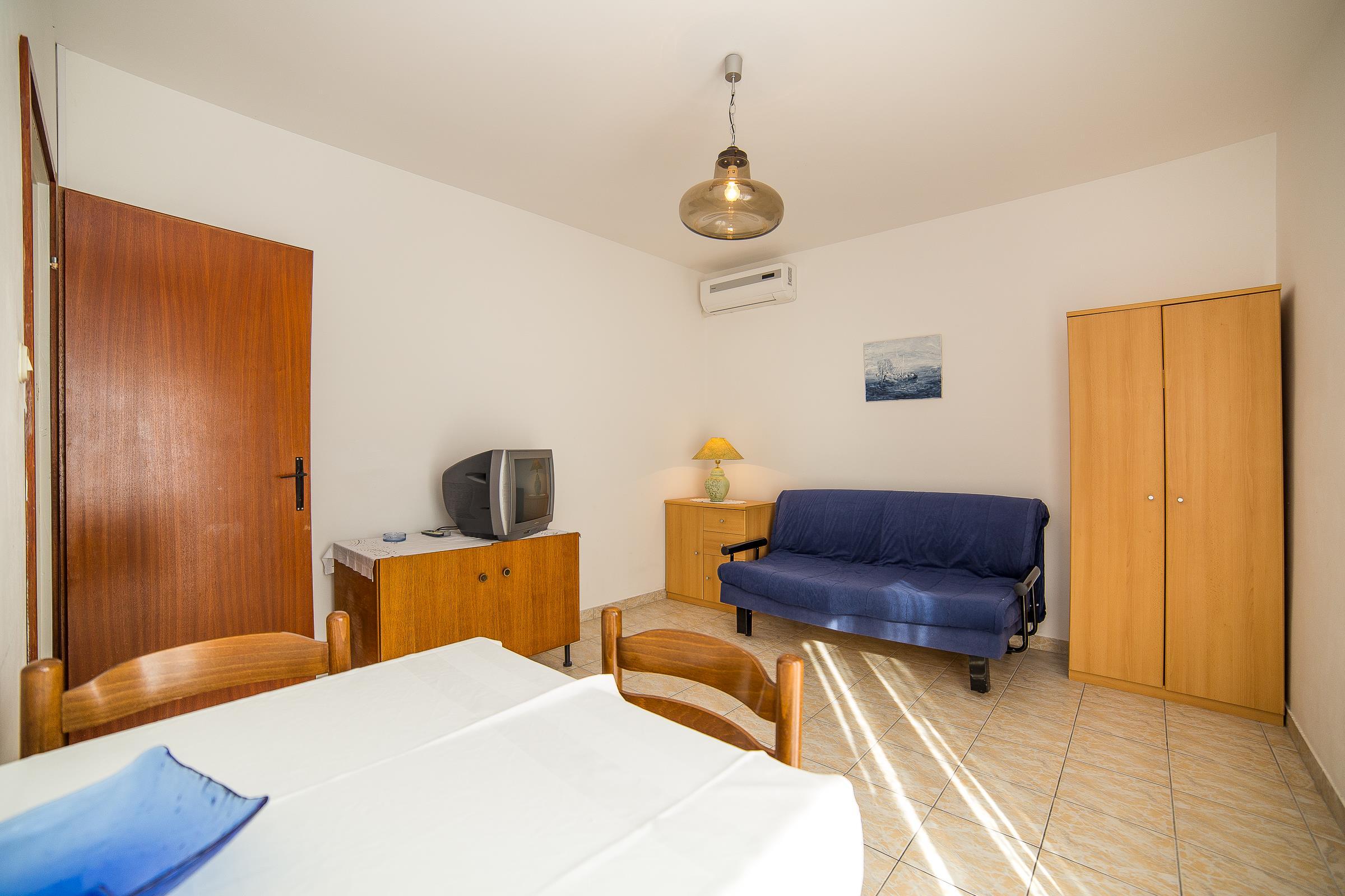 Holiday apartment Apartments Medi / One bedroom A5 (1851176), Omiš, , Dalmatia, Croatia, picture 4