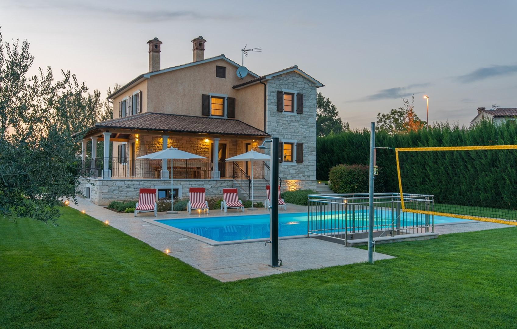 Ferienhaus Geräumige Villa Nikka mit schönem Garten und Pool (1412592), Kanfanar, , Istrien, Kroatien, Bild 23