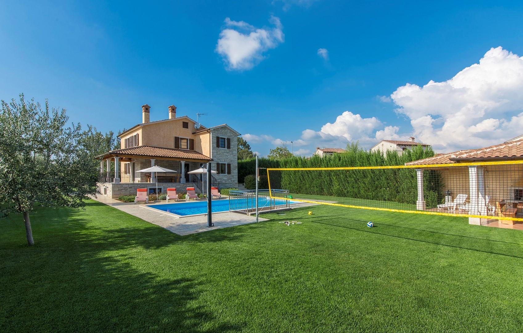 Ferienhaus Geräumige Villa Nikka mit schönem Garten und Pool (1412592), Kanfanar, , Istrien, Kroatien, Bild 31