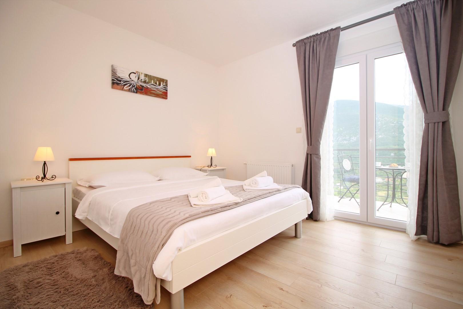 Ferienhaus Privater Pool 3,5 x 8,6 m, überdachter Essbereich im Freien, kostenloses WLAN, voll - klim (2663850), Kostanje, , Dalmatien, Kroatien, Bild 17