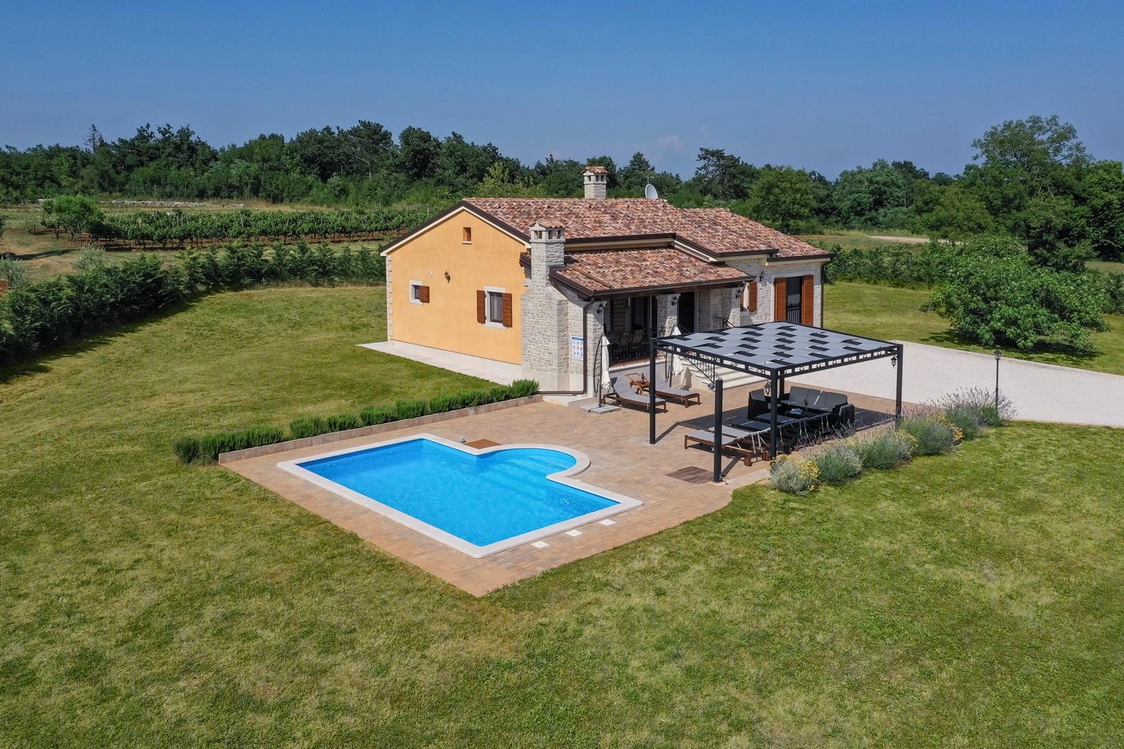 Ferienhaus Villa Elida mit Pool in abgelegene Lage - Zentral-Istrien (2789996), Pazin, , Istrien, Kroatien, Bild 1