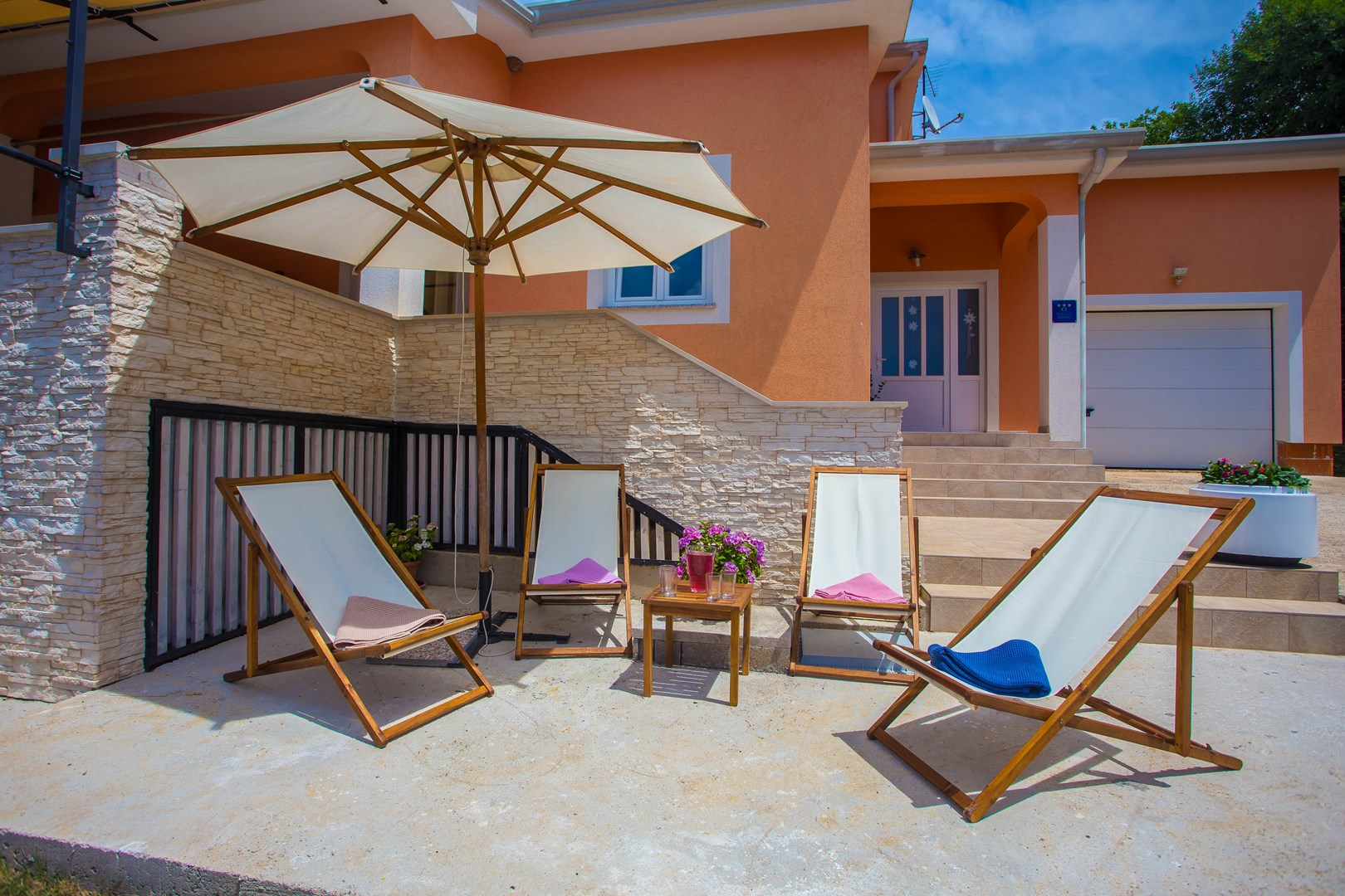 La Chaise Longue Billard lovely holiday house tana with private pool, istria